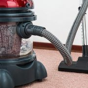 wet carpet vacuum cleaning brisbane